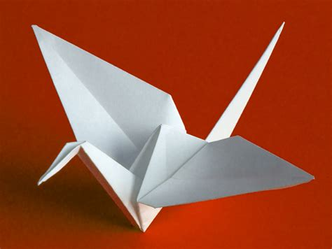 Japanese Origami Swan - origami swan someone has built it before