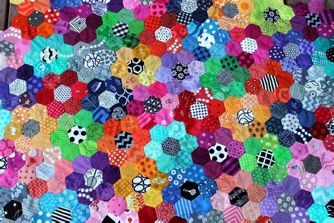 Hexagon Patchwork - pin by carol on artsygirl arts crafts