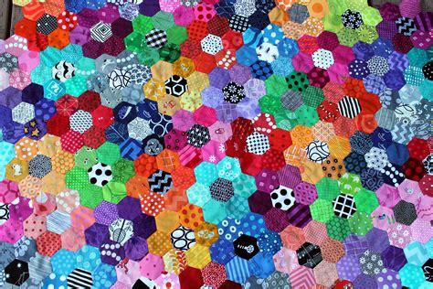 Hexagon Patchwork - modern hexagon wombat quilts