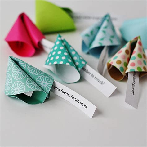 New Year Paper Crafts - paper fortune cookie messages make fortune cookies from paper