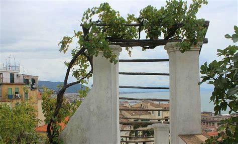 giardino della minerva salerno origine e storia dell ameno giardino della minerva