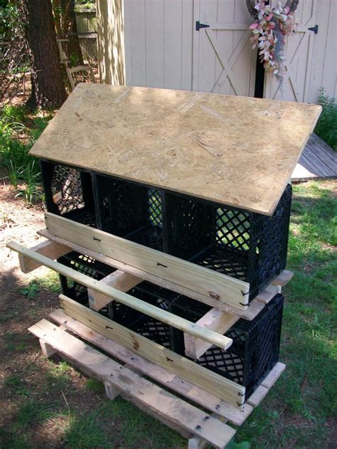 cheap nest of 20 easy cheap diy chicken nesting boxes milk crates