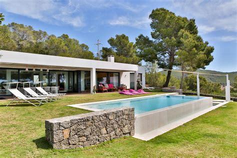 haus auf ibiza mieten ibiza ferienhaus finca villa ferienwohnung appartement