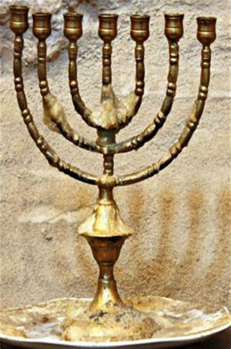 candelabros judios candelabro jud 237 o de la sinagoga de c 243 rdoba picture of