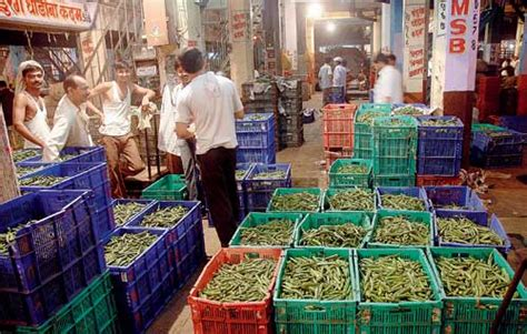 vashi market vegetable prices hit the ceiling news