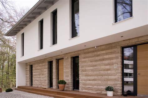 Fassade Modern by Haus Modern Fassade Holz Und Suche H 228 User