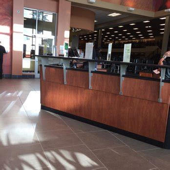 fort wilderness front desk number la fitness 26 photos 46 reviews gyms 1900 se 10th