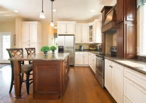 pictures of model home kitchens greenwood craftsman model kitchen beracah homes