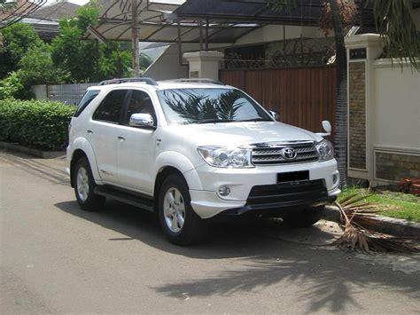 Lu Belakang Toyota Fortuner 2007 2006 04 06 05 08 07 2008 2005 20 Ea Forums