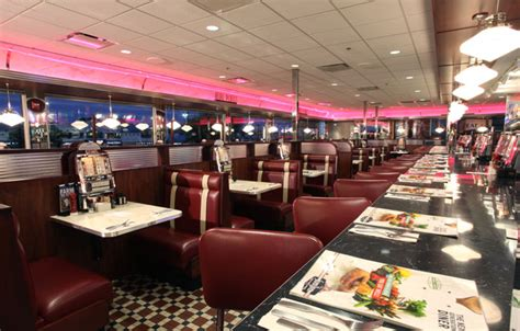 chicago s best diners and dives
