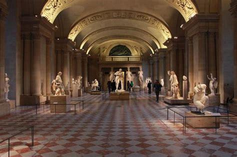 louvre interno interno louvre foto di museo louvre parigi