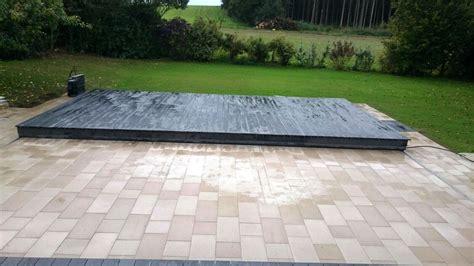 begehbare poolabdeckung poolabdeckung killi terrasse mehr