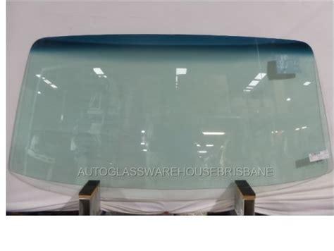 suzukicarryst van frontwindscreen