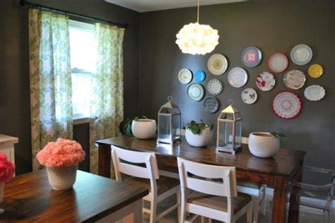 Dining Room Plates by How To Incorporate Plates Into Your Interior Designs