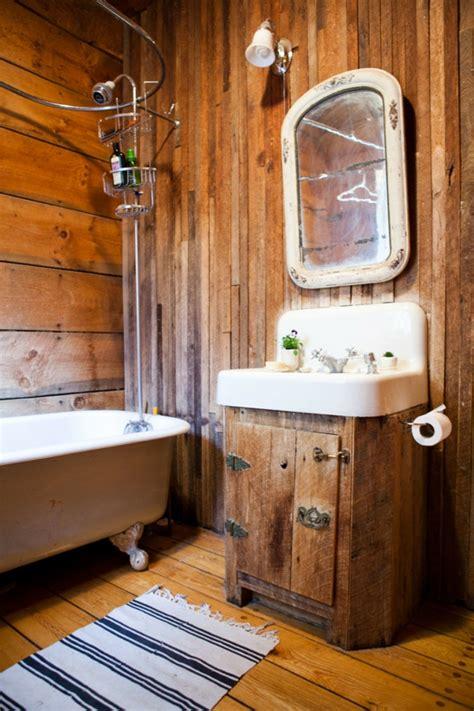holz im badezimmer holz im badezimmer landhausstil im bad f 252 r entspannende