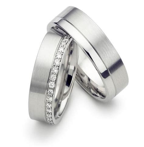 his and hers wedding rings matching wedding bands 14k