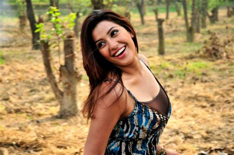 punjabi actress neetu pic e shopping neetu singh wallpapers miss punjaban