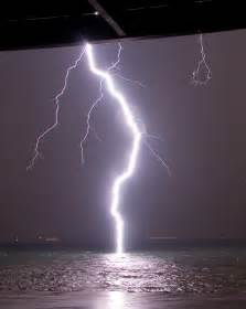 Lightning Strike Image A Lightning Bolt Hits Water So You Can See Its