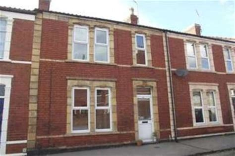 3 bedroom house in bristol 3 bedroom detached house to rent in priory road shirehton bristol bs11