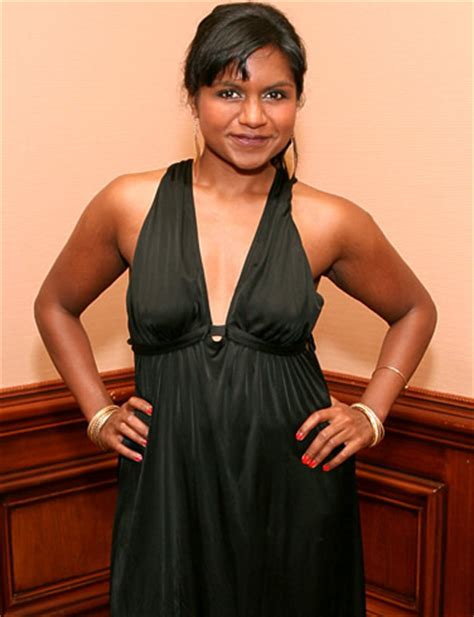mindy kaling interview the office mindy kaling again praises gwen s style in an urban