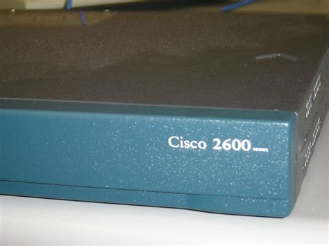 Cisco Router 2600 Second cisco 2600 router the grid html