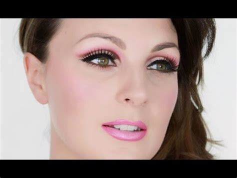 5 Tips To Mastering The 80s Make Up Revival by 80s Make Up