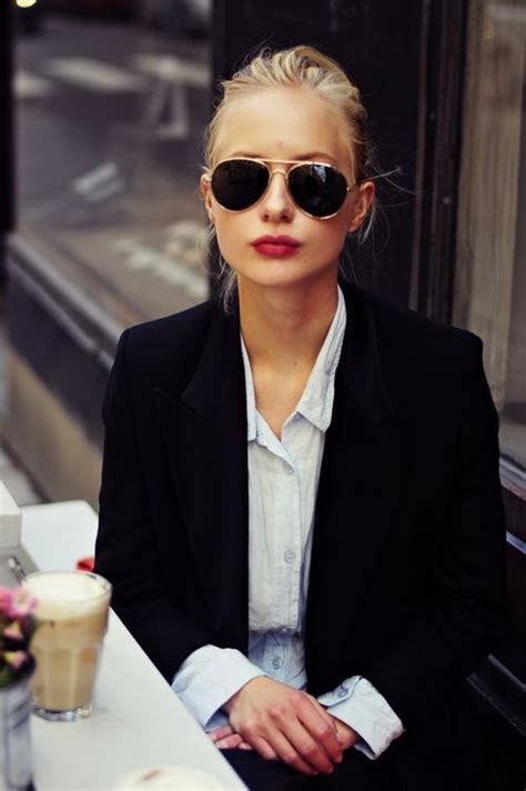 hairstyles suit glasses the best sunglasses styles for women 2018 fashiongum com