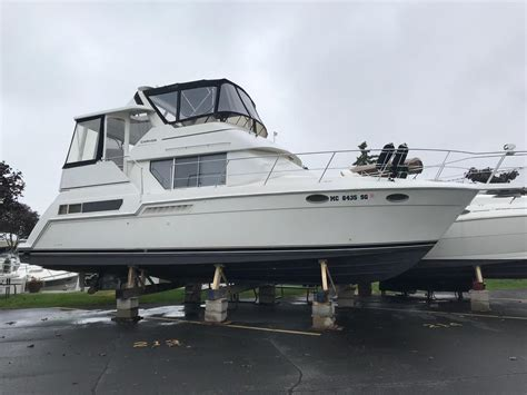 carver aft cabin boats for sale in michigan 1998 used carver 355 aft cabin cruiser boat for sale