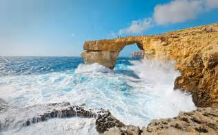 azure window collapses malta s famous azure window arch collapses into the sea