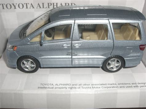 Kinsmart Toyota bimbim diecast metal diecast 0234 kinsmart toyota alphard