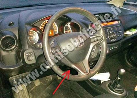 obd connector location  honda jazz   outils obd facile