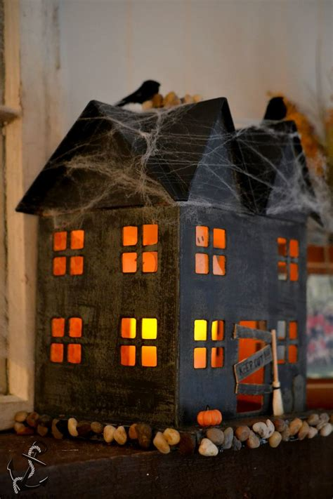 How To Make A Haunted House Out Of Paper - best 20 haunted house decorations ideas on