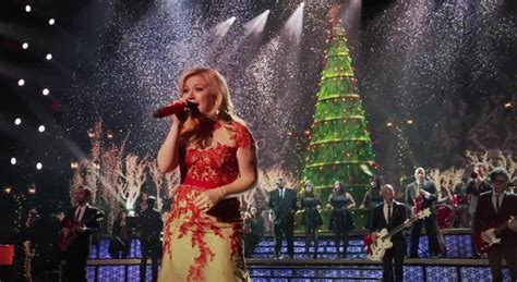 kelly clarkson quot underneath the tree quot directlyrics