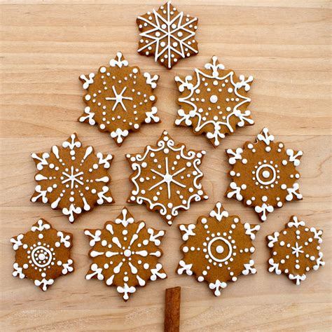 gingerbread cookie decorating ideas cosmocookie iced gingerbread snowflake cookies and the u