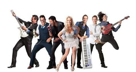 Wedding Crashers Dan Band by Picking Wedding Entertainment