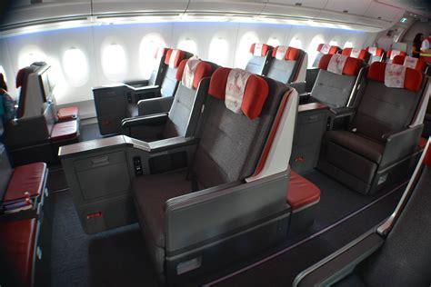 cabina premium latam veja em detalhes como foi o voo inaugural do nov 237 ssimo