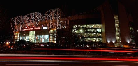 wallpaper iphone 5 old trafford old trafford wallpapers wallpaper cave