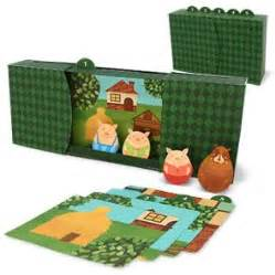 Zoetoys 3d Book Three Pig the three pigs free printable puppet theater