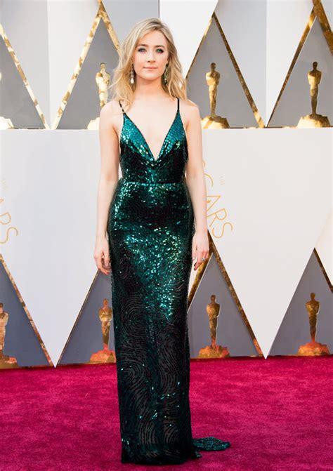 saoirse ronan underwhelms in sequins saoirse ronan is gorgeous in calvin klein emerald sequin