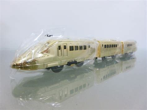 Plarail Gerbong Set Of 2 1 item plarail 700 shinkansen gold plarail indonesia
