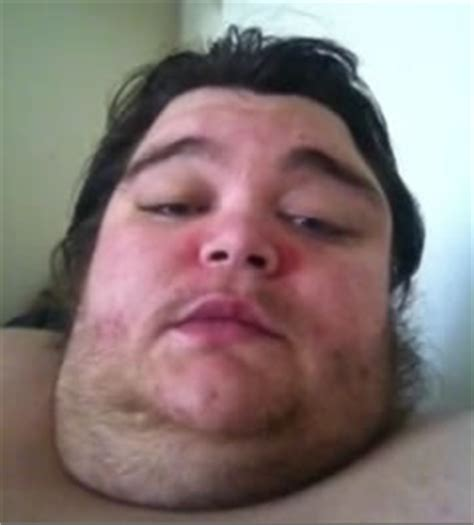 how do morbidly obese people go to the bathroom weight loss go 187 youtube fame for obese man s cry for help