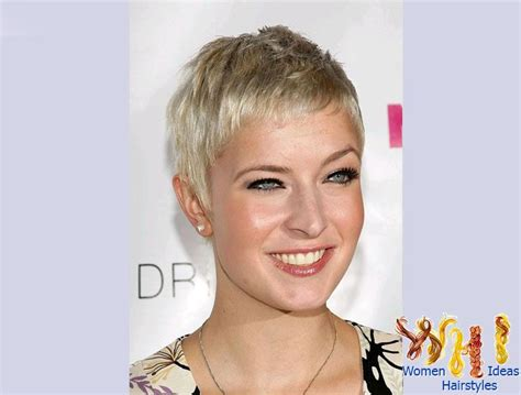 really short haircuts for grey thin hair for ladies over 70 very short haircuts for women with fine hair short gray