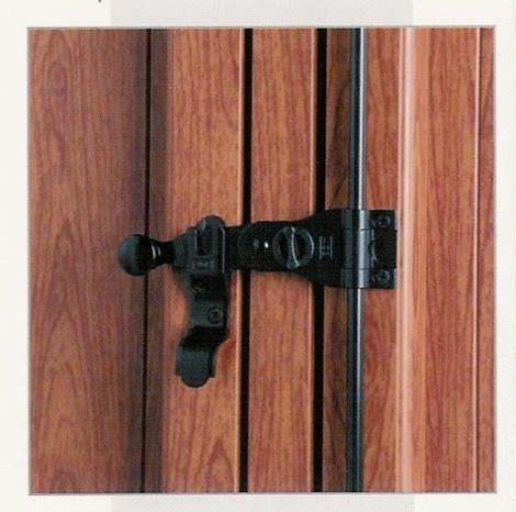 spagnolette per persiane in legno chiusura persiane pannelli termoisolanti