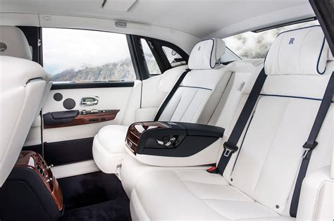 roll royce car inside 2018 rolls royce phantom drive review motor trend