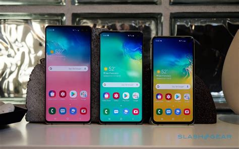 samsung galaxy  hands  family   slashgear