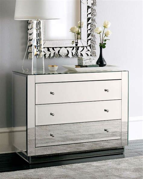 Modern Design Crystal Wall Mirror Wall Decor Glass Mirror Bedroom Furniture Dresser With Mirror