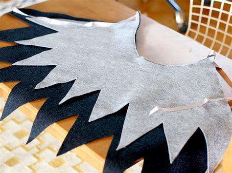 How To Make Paper Wings For A Costume - diy easy wings say yes