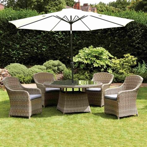 Royalcraft Sorrento 6 Seater Dining Set Taupe Achica Royalcraft Wentworth 4 Seater Dining Set Garden