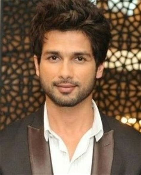 biography of pakistani film star shahid shahid kapoor favorite food perfume color books actress