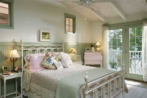 Country Cottage Bedroom | 10 country cottage bedroom decorating ideas